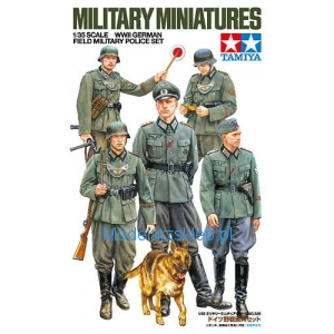 Tamiya 35320 - German Field Military Police - WWII